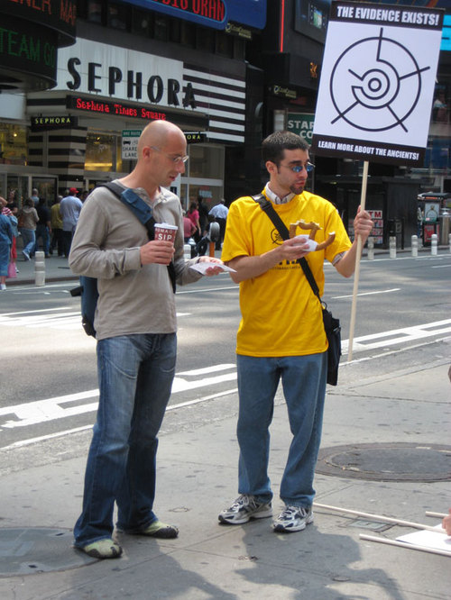 Protester_pretzel